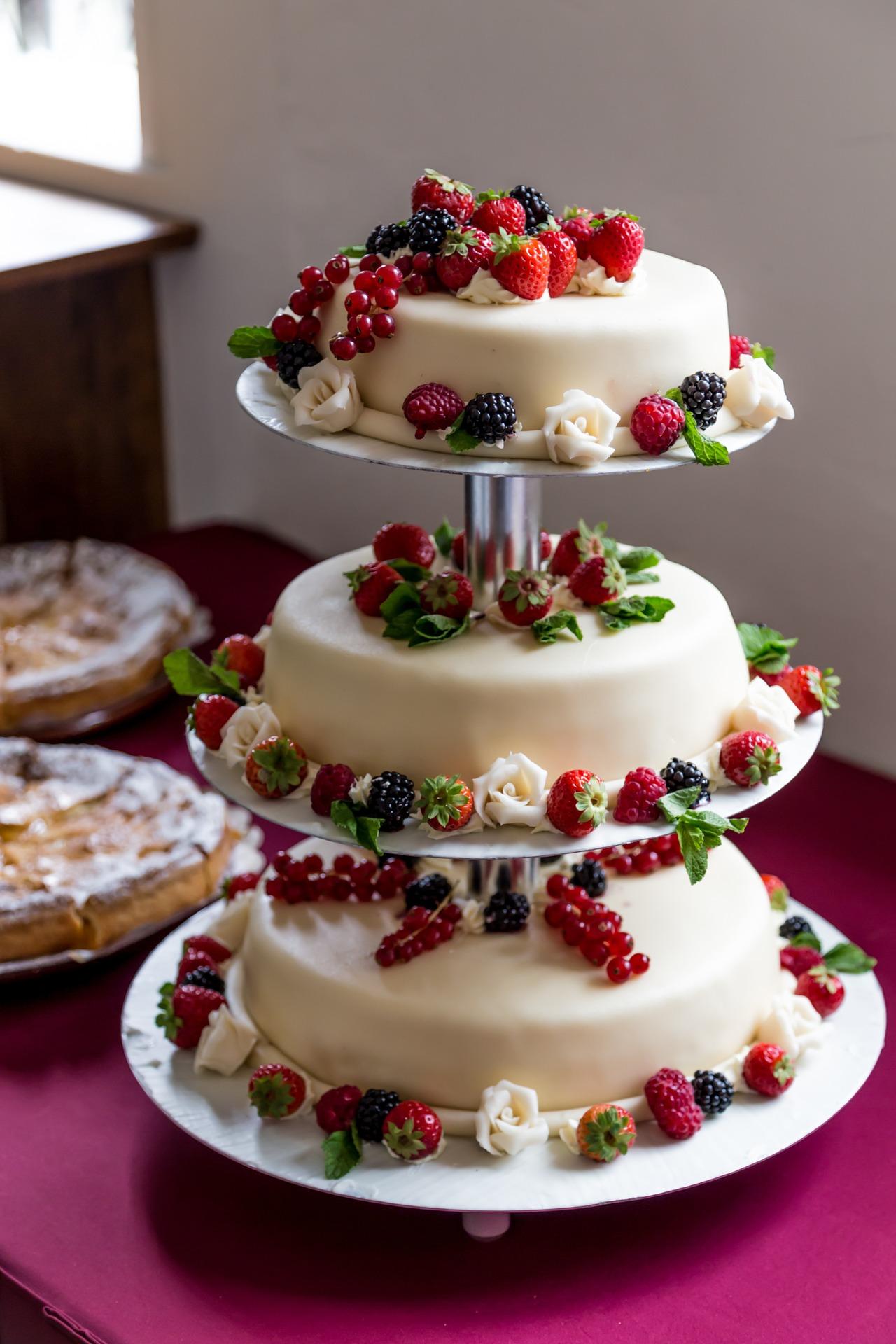 wedding cake 1027900 1920